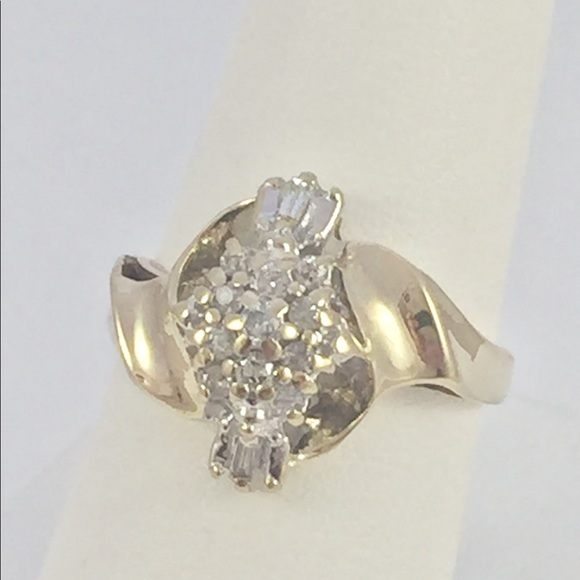 6acbe8dbb Jewelry | 14 Ctw 10kt Yellow Gold Real Diamond Cluster Ring | Poshmark